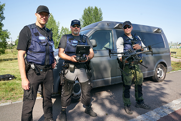 Poliisi Haalari