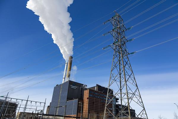 Huoltovarmuuskeskuksen tehtävänä on turvata mahdollisen kriisin aikana esimerkiksi sähkönjakelu ja lämmitys.